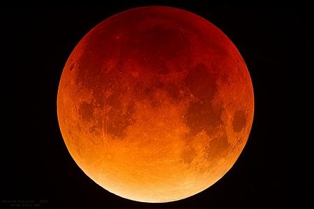 Lune éclipsée en haute résolution, 28/09/2015